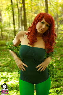 08 Busty Babe Phecda Dressed As Poison Ivy And Strips Nude In Jungle HQ Photos