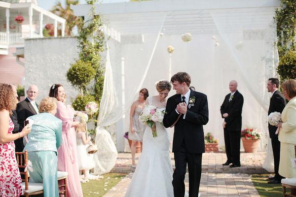 casamento jardim simples : casamento jardim simples: em casar!!!: casamentos reais :lindo, simples e no jardim de casa