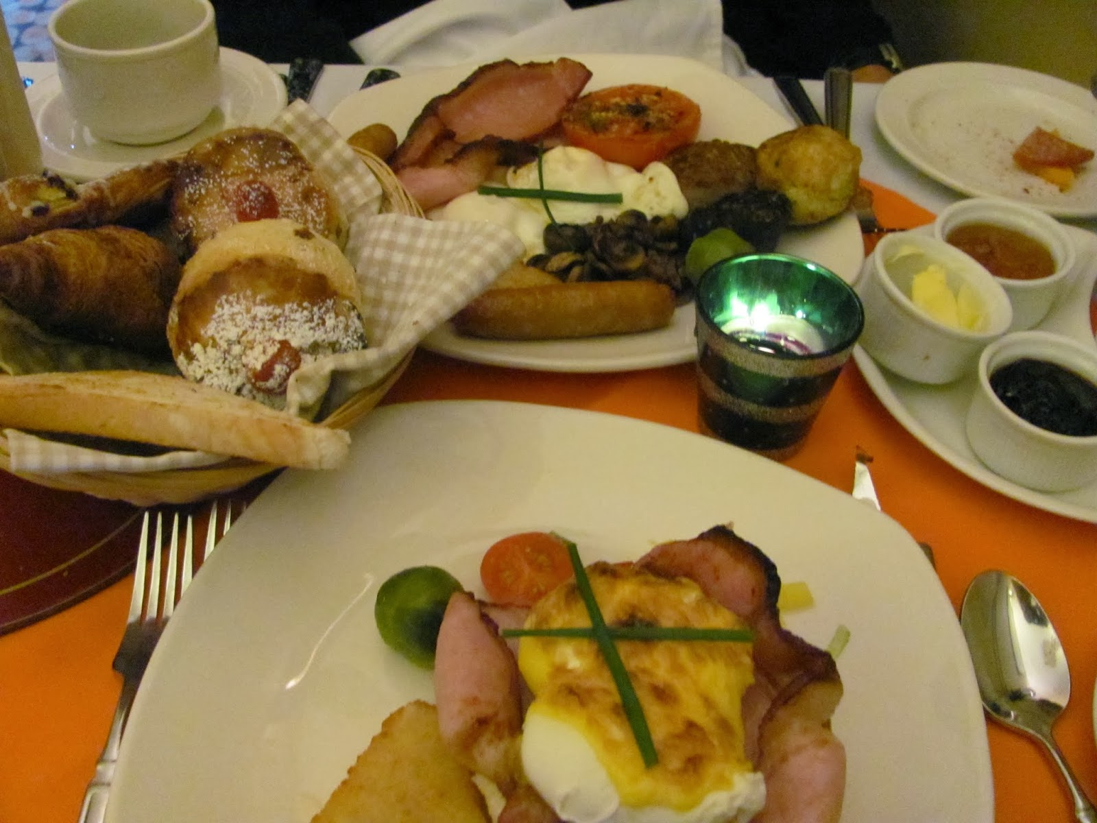 Eggs Benedict and Full Irish Breakfast