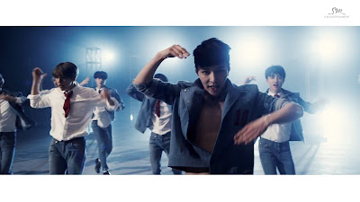 EXO Lay in Love Me Right MV