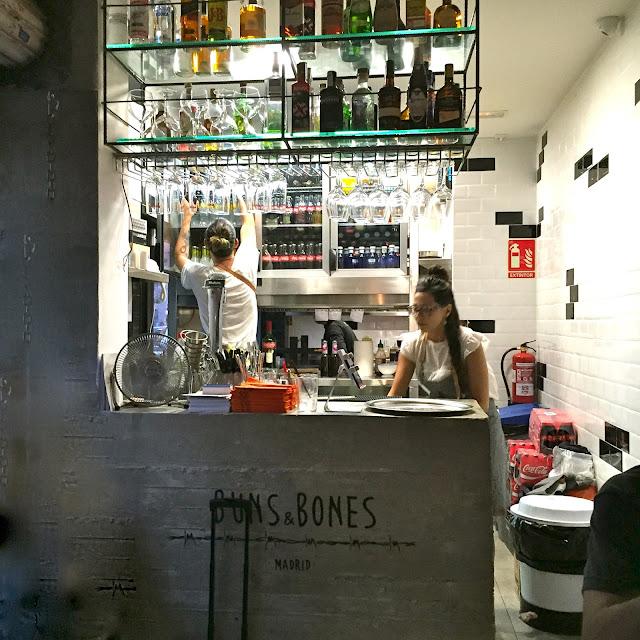 buns and bones bun & bones madrid anton martin mercado bao momofuku baozi gastronomia bocadillo chino pan chino estamostendenciados puesto callejero lavapies huertas streetfood food