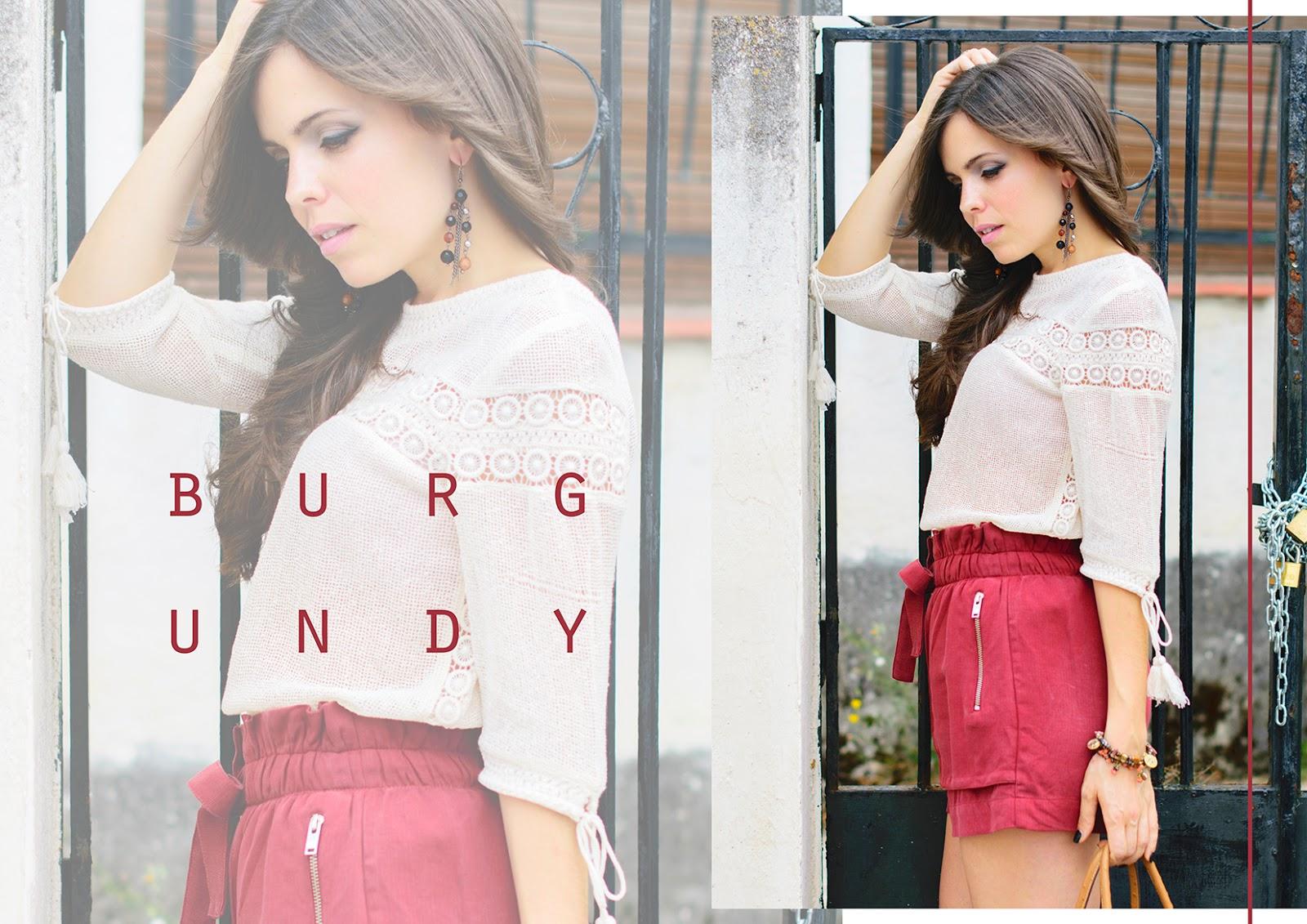 Look de estilo boho con shorts burgundy de Zara