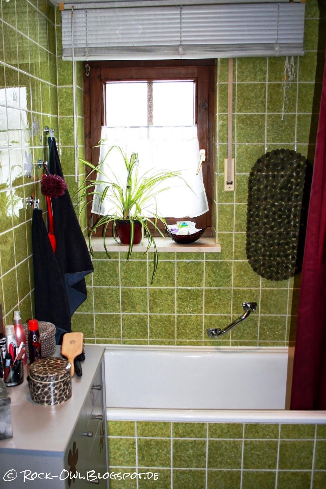 rock and owl blog aus gr n mach wei ich kleb 39 mir ein neues bad. Black Bedroom Furniture Sets. Home Design Ideas