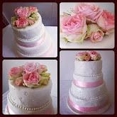 bröllopstårta i vitt och rosa
