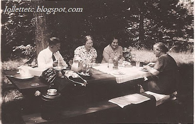 Picnic with Dick and Violetta Ryan, Velma Woodring, Mary Frances Davis