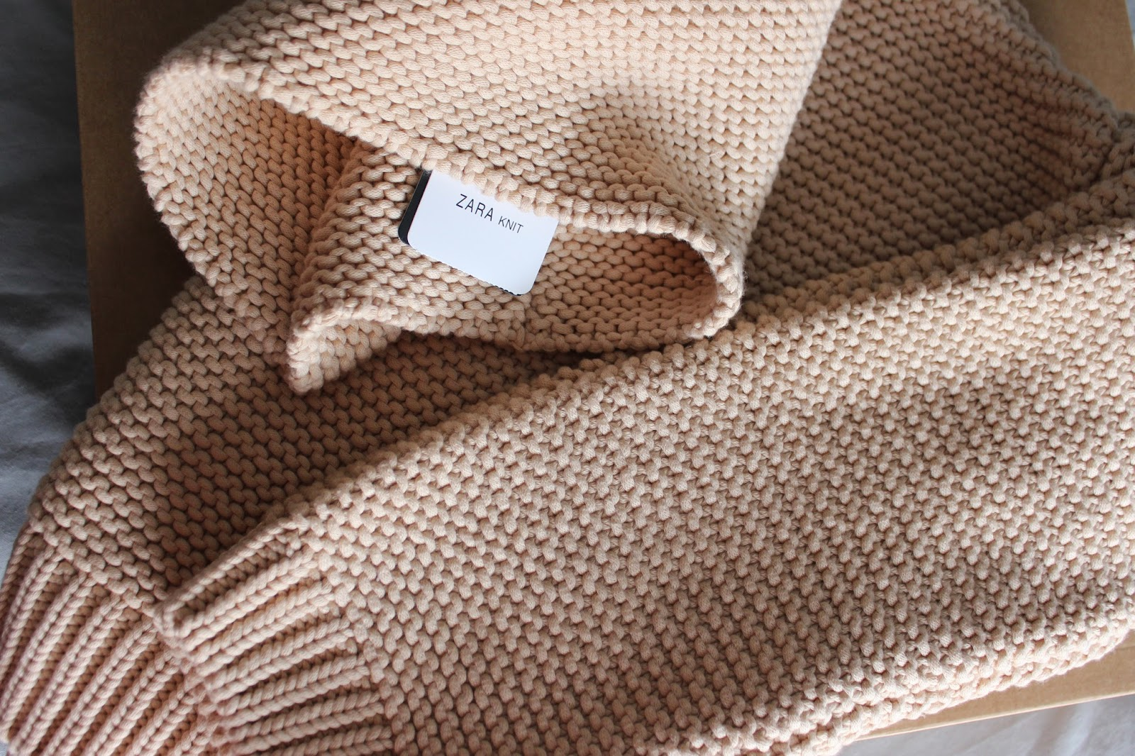 Zara High Neck Sweater Biscuit 121