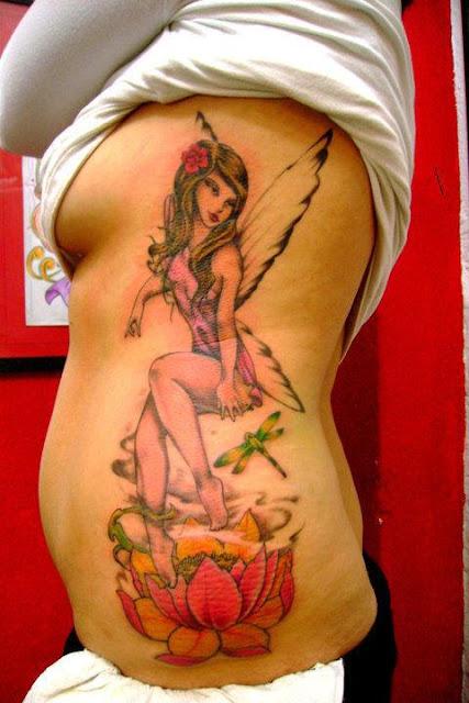 Tatuaje hada y flor
