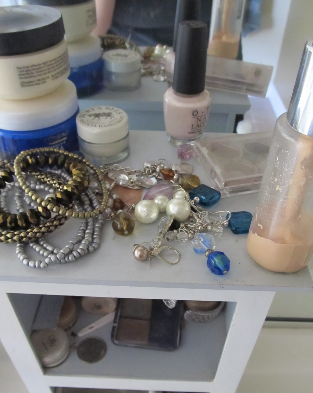 Savvy Ness Online: Earring Display Made From a \