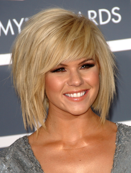 The Awesome Short To Medium Hairstyles Photo