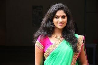 actress swasika latest cute hot green half saree navel