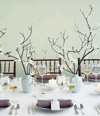 si prefieres centros de mesa a base de velas este con cuatro mechas es muy lindo el lazo lo complementa a la perfeccin