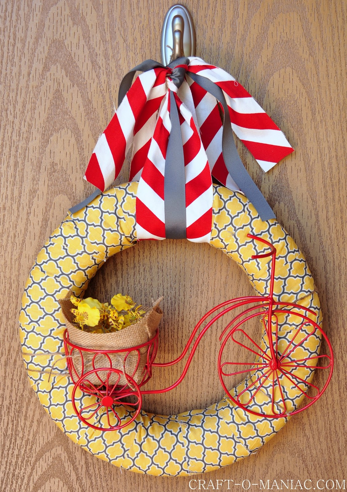 Diy summer bicycle wreath for Diy summer wreath