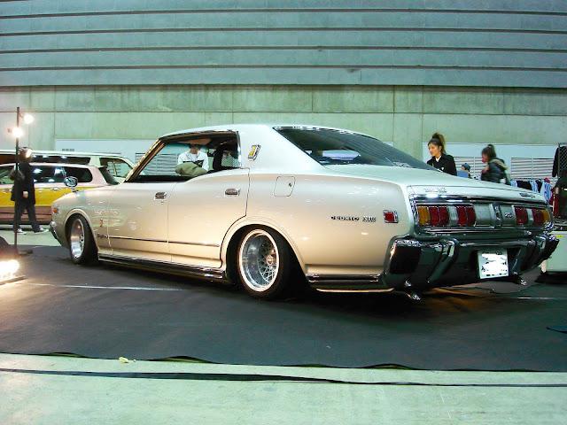 Nissan Cedric 330 stary japoński samochód oldschool klasyk coupe