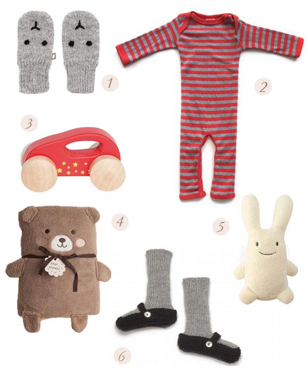 regalos, bebe, gifts, baby, mitines, gloves, pijama rayas, coche madera, manta oso