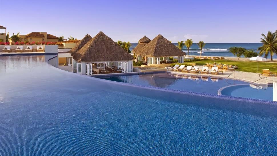 The St. Regis Punta Mita Resort. Punta de Mita (México)