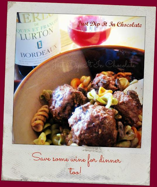 Bellas Rose Cottage Via Jennifer Beaton: Just Dip It In Chocolate: Baby Bella Mushroom Meatballs In