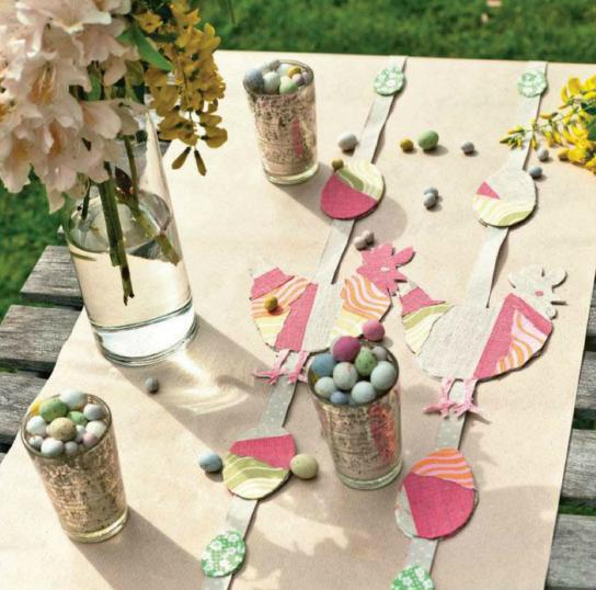 Craft Easter hen table runners