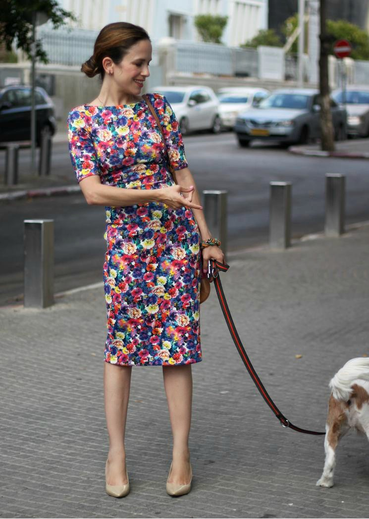 שמלת צינור,bodycondress, dress, street-style,looks,floralprint