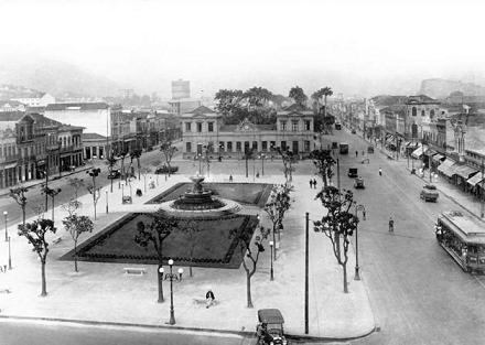 O berço do samba: Praça Onze - 1928.