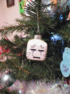 Minecraft Ghast Christmas Ornament Tut. Property of Cassie's Creative Crafts