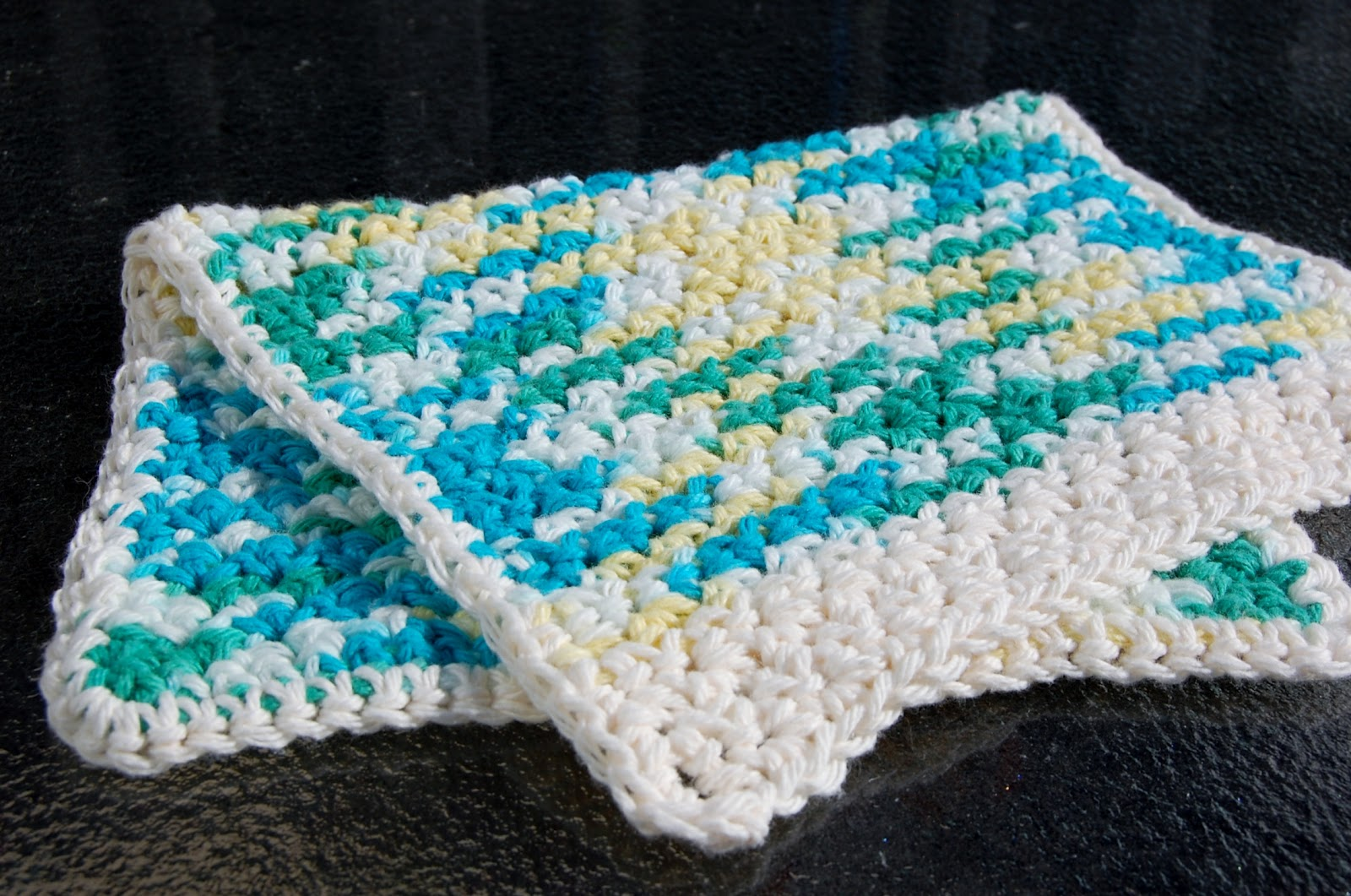 The Hippy Hooker: Dish Towel and Multipurpose Cloth Free Pattern