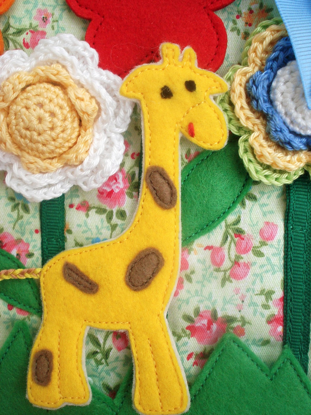 Развивающая книжка Жираф-путешественник