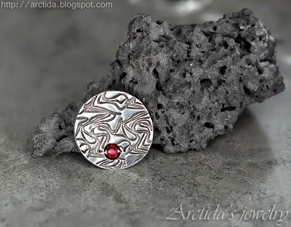 http://www.arctida.com/en/luxury/101-fine-silver-jewelry-pmc-ruby-pendant-on-leather-cord-deliah.html