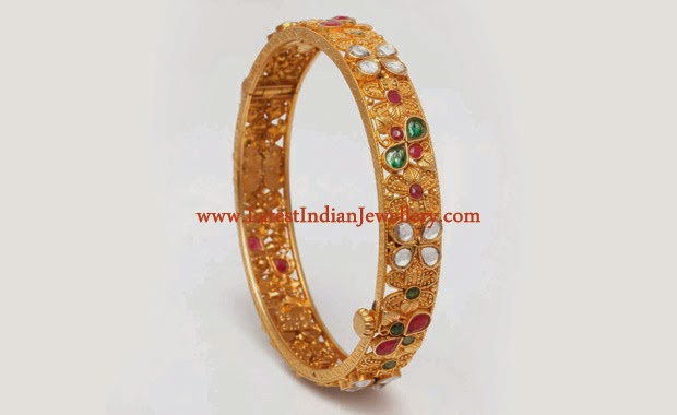 Antique Gold Kundan Bangle