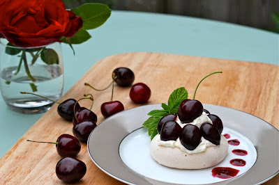cherry-pavlova