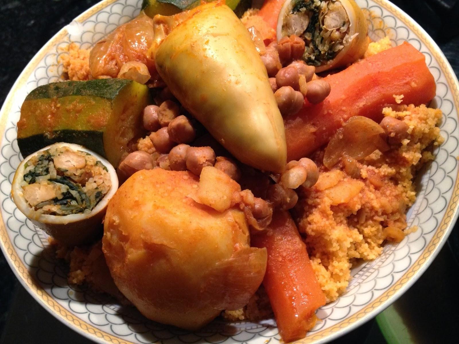 La cuisine de nadia couscous tunisien aux encornets farcis recette film e - Recette cuisine couscous tunisien ...