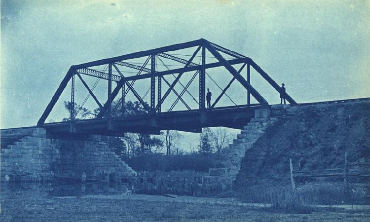 Bridge garden picture bridge designs for Bridge design