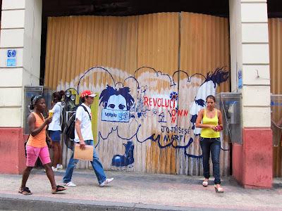 Santiago de Cuba colorful graffiti