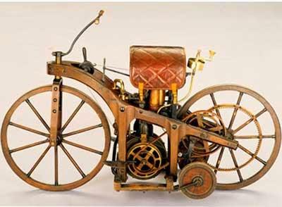 gambar sepeda motor pertama di dunia