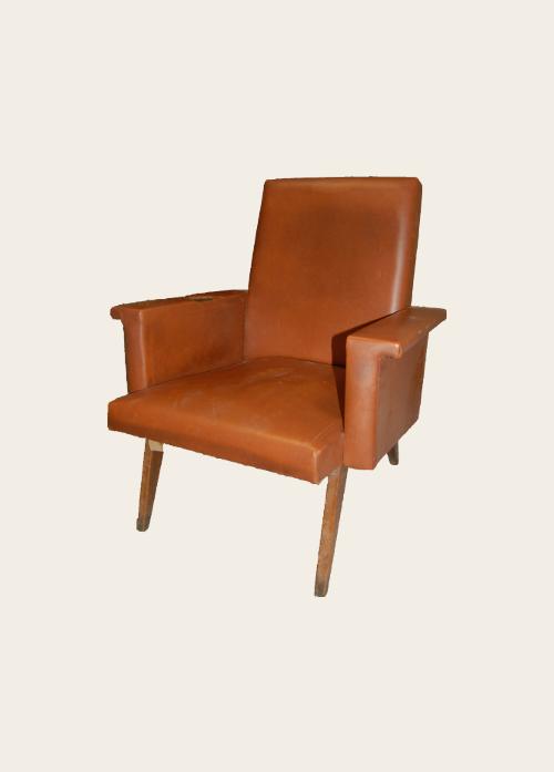 simon j gou artisan tapissier nantes canap trois places inspiration ann es 60. Black Bedroom Furniture Sets. Home Design Ideas