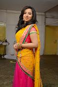 Leema glamorous photos in half saree-thumbnail-5