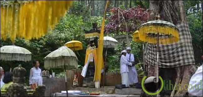 Petilasan Prabu Sri Kameswara