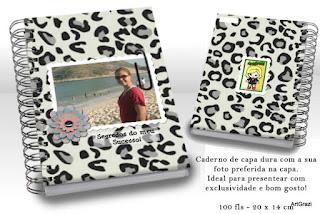 Caderno com capa e contra-capa personalizadas conforme o tema