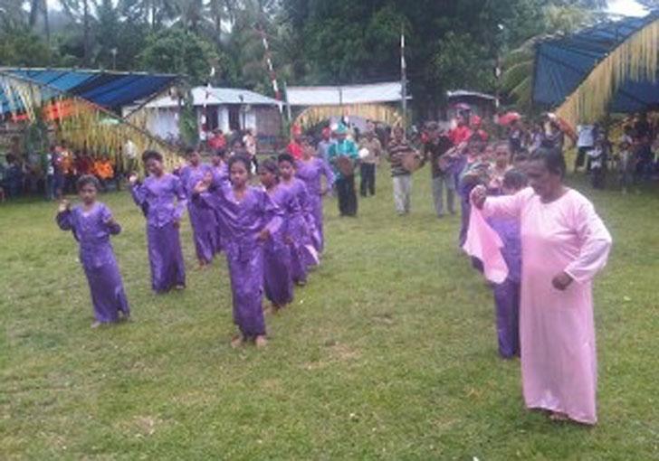 Tari Pasasanggarroma : Tarian Asal Sulawesi Utara Serta Gambar Video