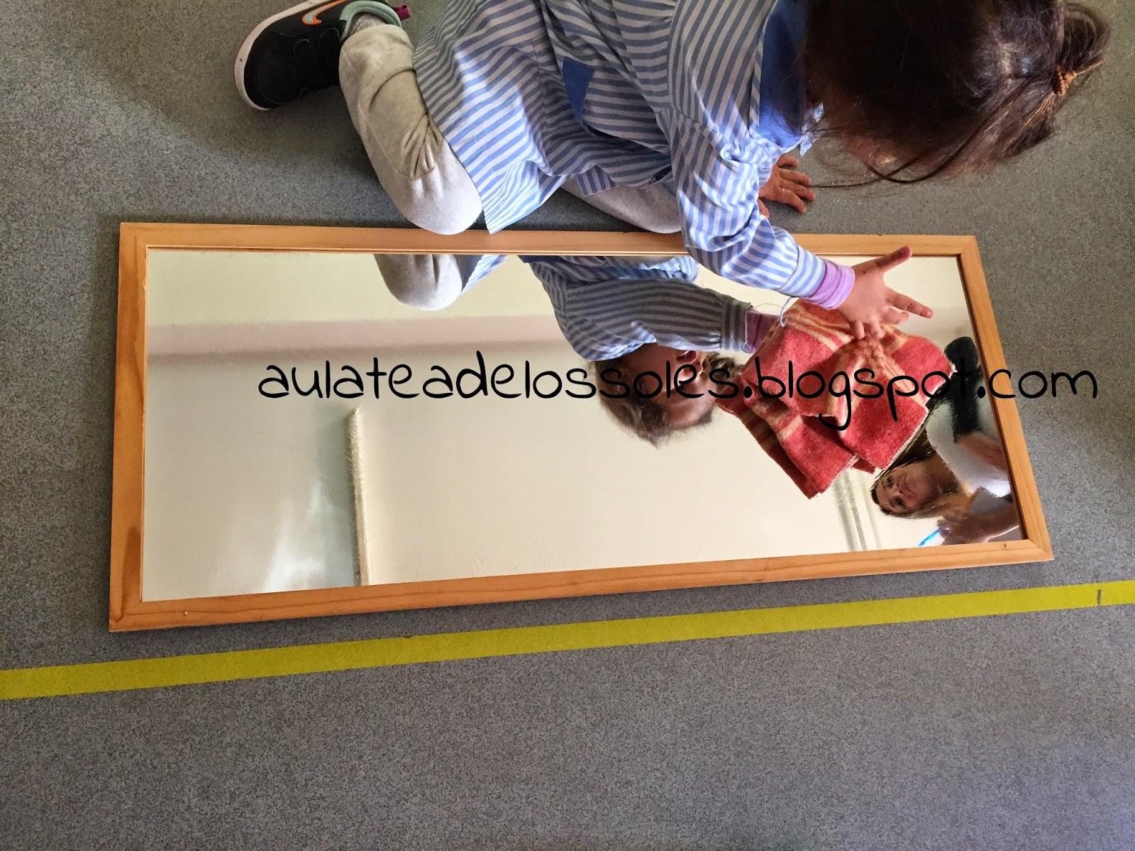 El aula de los soles un aula libre de fichas y libros de for Espejo montessori