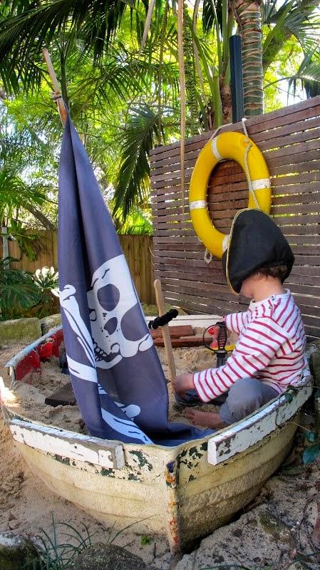Arenero en barco pirata