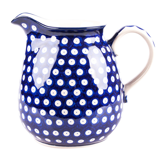 Polish pottery Boleslawiec. Blue white Polish pottery.