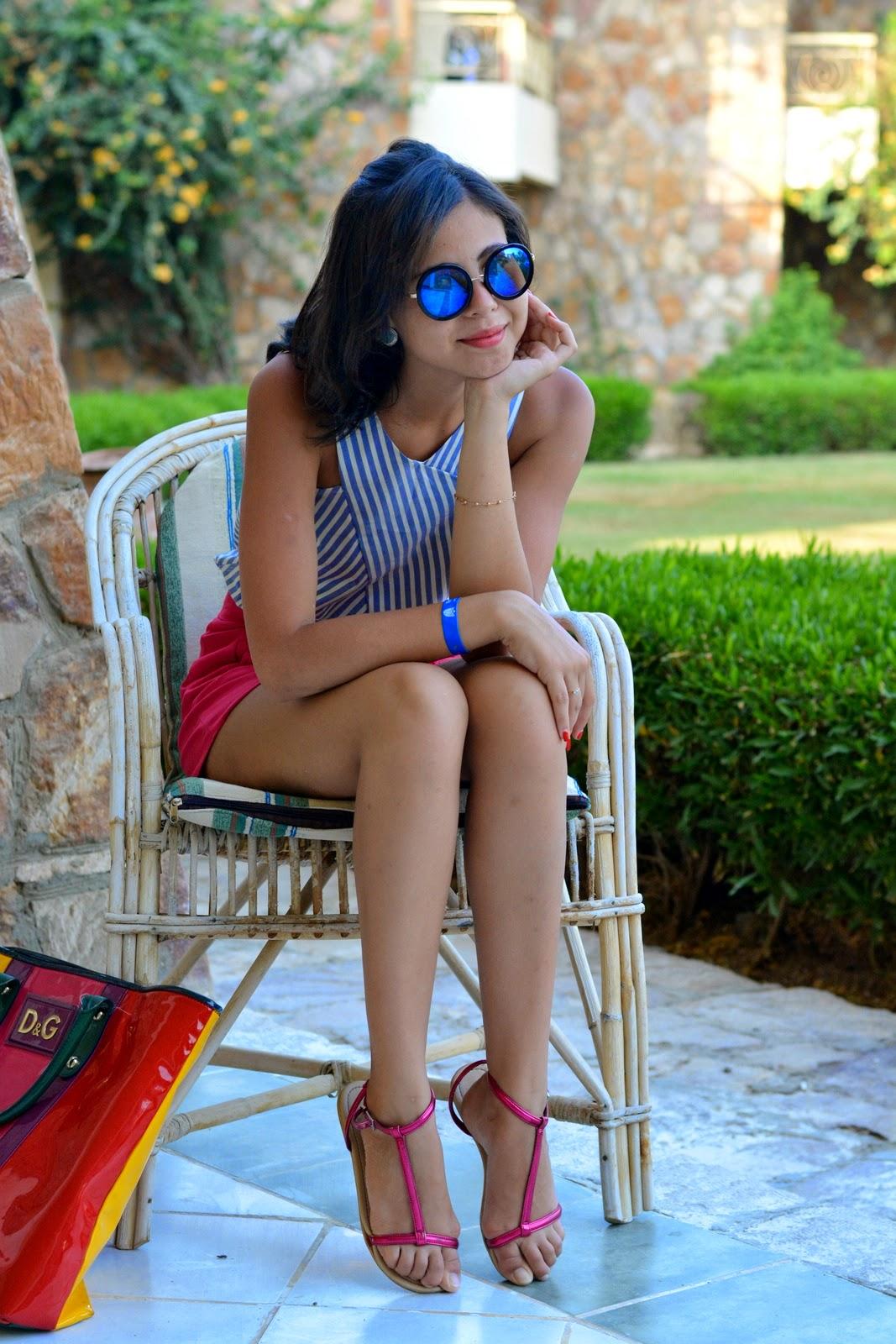 Beach Look Juliane Borges - Dolce Gabbana Bag - Zara outfit