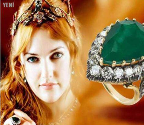 haven't bought the Hurrem Sultan ring yet, but I have the pendant