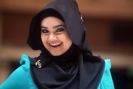 Siti nurhaliza rancang konsert di royal albert hall london for Siti di collezionismo