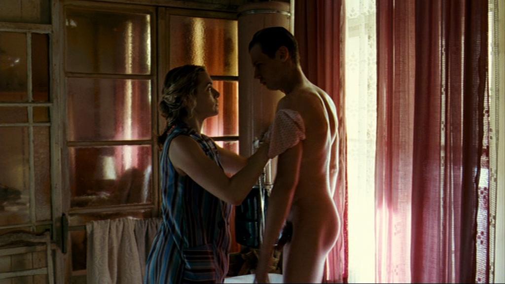 the reader david kross naked
