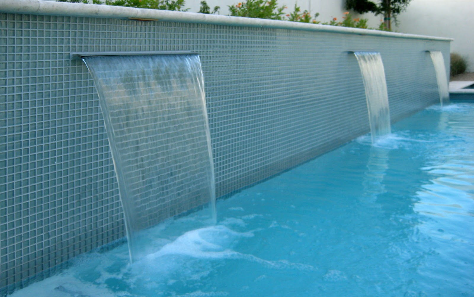 Alpentile glass tile swimming pools water feature or for Swimming pool tile pictures