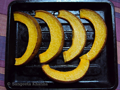 baked pumpkin slices