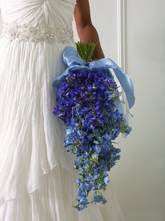 do it yourself weddings blue bridal bouquet. Black Bedroom Furniture Sets. Home Design Ideas