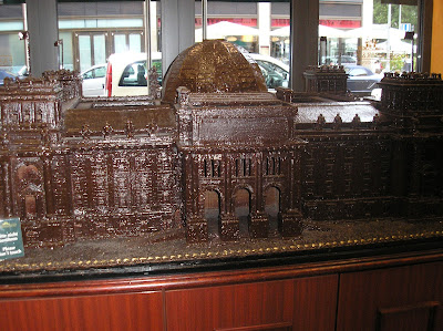 Amazing Chocolate Art