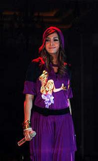 Model Rambut -  Maya Estianty